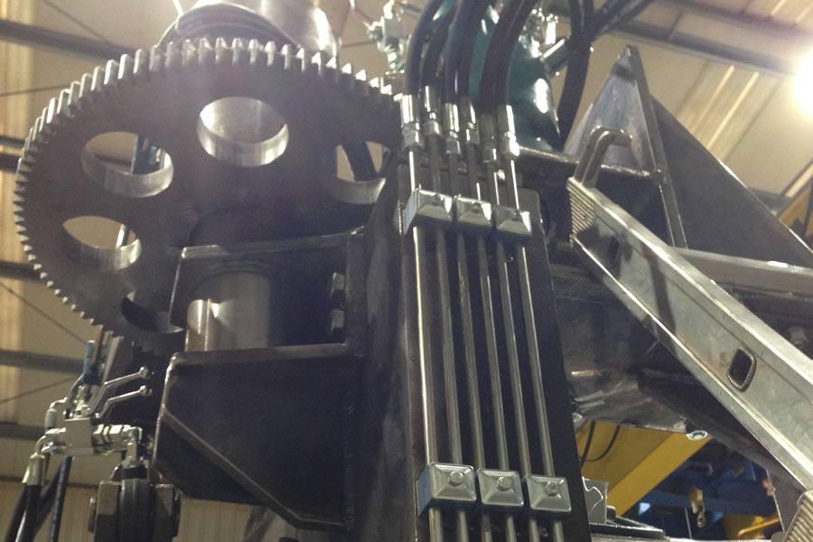 Montaje y mantenimiento de equipos hidráulicos